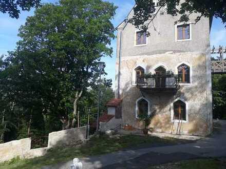 Ehemaliges Hotel und Gaststätte in Bayern, in der fränkischen Schweiz mit fast Alleinlage mitten im