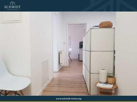 Neu renovierte Etagenwohnung in einem gepflegten Mehrfamilienhaus.