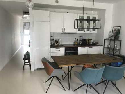Exklusive 2-Zimmer-Wohnung mit Balkon und Einbauküche in Heidelberg