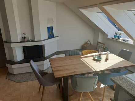 Preissenkung! Exklusive Maisonette-Wohnung mit hochwertiger Ausstat. über den Dächern der Waldstadt