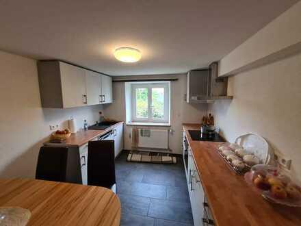 Sonnige 3-Zi Wohnung mit gemütlicher Wohnküche