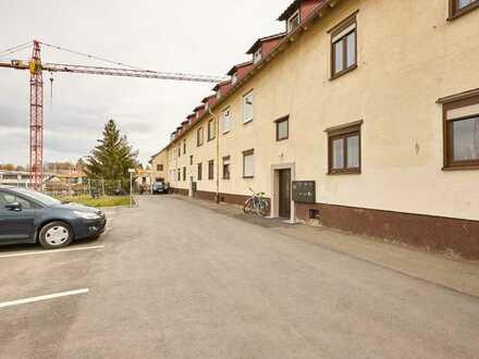 Klein, Fein, Mein. 3-Zimmer-Wohnung, sofort frei mit zwei Kellerräumen und Außenstellplatz!