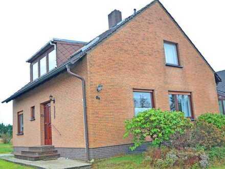 Neuer Preis!!! Großes Einfamilienhaus mit Vollkeller, Treppenlift und Garage in ruhiger Lage in B...