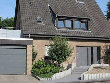 Mehrgenerationen- / Mehrfamilienhaus in Warendorf / 3 Wohnungen