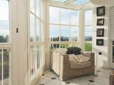 MTI Commercial - Großzügige Dachgeschoss- Maisonette in schöner Lage