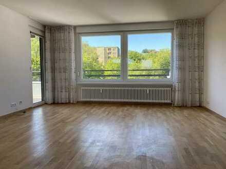 Helle 3-Raum-Wohnung in Eppstein-Bremthal, oberste Etage mit Blick in den Taunus