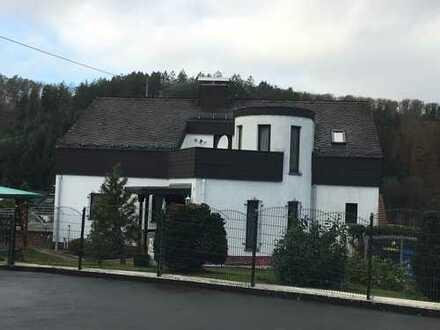 Wunderschön renoviertes, geräumiges Haus in Selbach bei Wissen zu vermieten