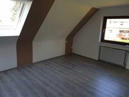 Helle & geräumige 6- Zimmerwohnung in ruhiger Lage am Ortsrand Dotternhausen zu vermieten