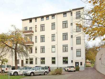 TT bietet an: Charmante Gründerzeitwohnung in sehr gepflegtem City-Wohnhaus in Wilhelmshaven!