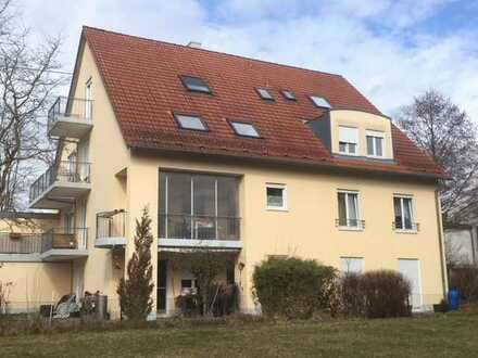 2 Zimmer Wohnung mit Balkon, Stellplatz und Kellerraum