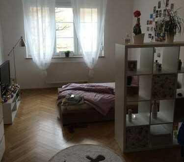Schönes Zimmer in Altbauwohnung München-Giesing