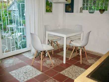 Stilvolle, gepflegte und möblierte 2-Zimmer-Erdgeschosswohnung in Korntal-M.