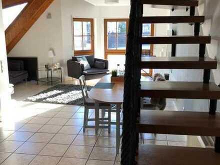 Attraktive 2,5-Raum-Maisonette-Wohnung mit EBK und Balkon in Stadtnähe