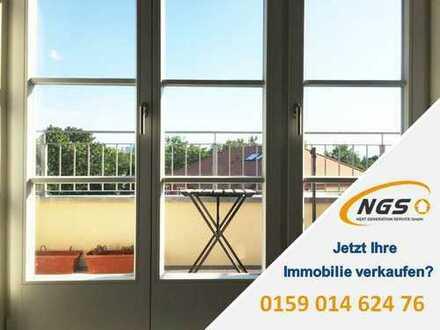 Exklusive 2 Zi. DG-Whg mit Balkon und Einbauküche