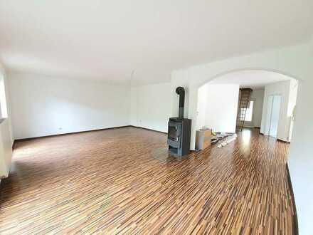 IK | Rieschweiler: moderne neu renovierte 1.OG Wohnung