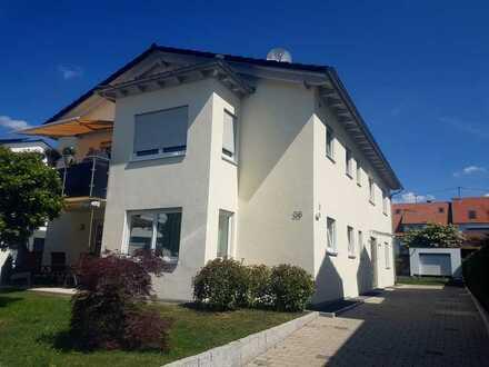 schöne 2 Zimmer-Whg, 1. OG., Balkon, ruhige Wohnlage, teilmöbl. m. EBK, nur Einzelperson