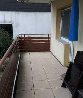 Großzügige 3-Zimmer-Erdgeschosswohnung mit 2 Balkonen in Nußloch, möbliert