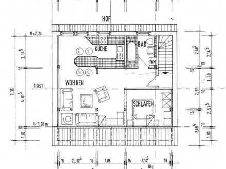 Gepflegte 2-Raum-Dachgeschosswohnung mit Einbauküche in Gransee