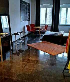 **Wunderschöne 1-Zimmer Wohnung in der Innenstadt von Augsburg**