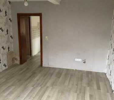 Teilrenoviertes 1-Familienhaus in Blieskastel-OT zu verkaufen