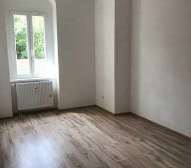Wunderschöne 3-Raum-Whg mit Einbauküche- Erstbezug nach Sanierung! (Whg 9)