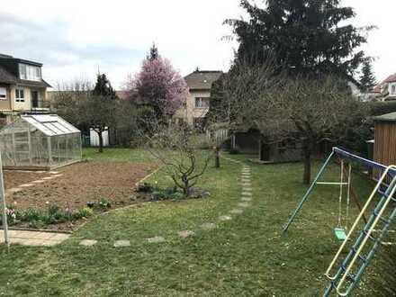 ! einmalige Gelegenheit ! 2-Familienhaus mit Südwest-Garten !
