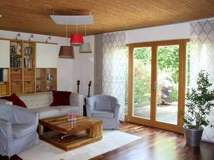 BIETERVERFAHREN-Schöne und geräumige DHH mit PV-Anlage in bevorzugter Lage von Dorfen (Lkr. Erding)