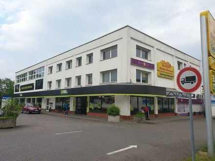 EKZ*lichtdurchflutete großzügige Gewerbefläche in frequentierter Lage von Wunstorf*