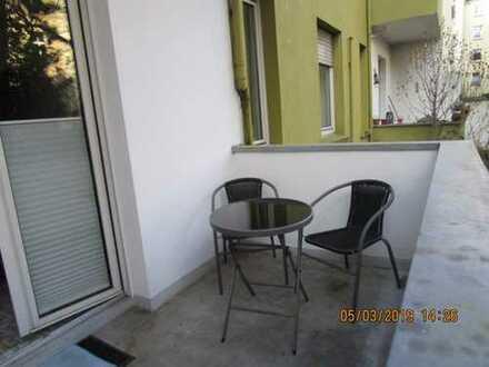 Dortmund-Kreuzviertel - 2-Zimmer-EG-Wohnung mit Balkon und Einbauküche in