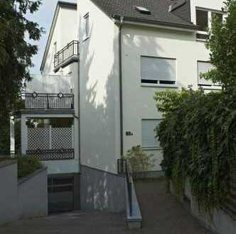 Provisionsfreie 2 Zimmer-Balkonwohnung in 6-Parteienhaus incl. 2 PKW-Tiefgaragen Stellplätze