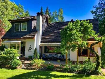 Entspannen und Erholen: Kleines Einfamilienhaus auf idyllischem Waldgrundstück in Hagen-Wulsbüttel