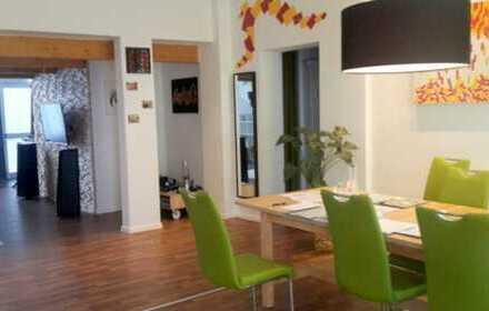 E&Co - Schöne große 6 Zimmer Erdgeschoss-Wohnung-Loft- Galerie gewerblich Nutzbar.
