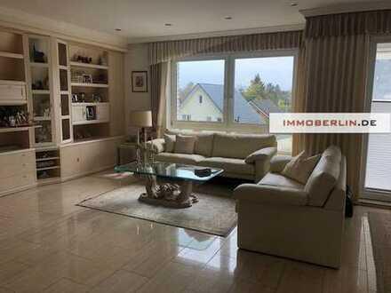 IMMOBERLIN - Hochwertiges Ein-/Dreifamilienhaus mit Südbalkons