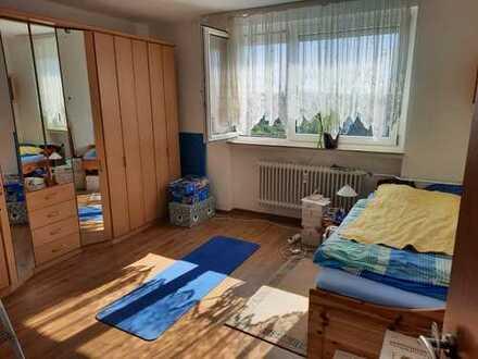 Schöne 3-Zimmer Wohnung mit Balkon in Erlangen von privat