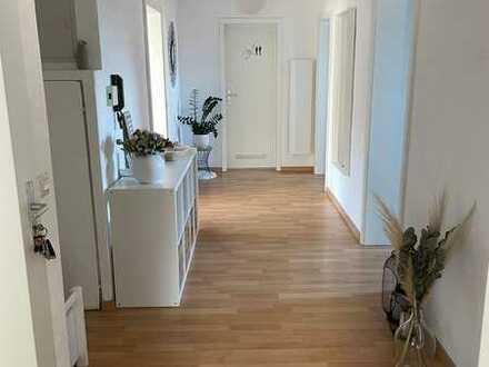 Schöne 4-Zimmer-Wohnung mit EBK in Althengstett