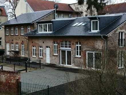 Neu sanierte Remise/Doppelhaushälfte mit 3 Zimmern in Potsdam-Mittelmark (Kreis), Michendorf