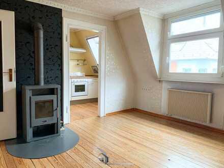 *Etwas ganz Besonderes* Dachbodenausbau mit einer 2,5 Zimmer Wohnung in Stuttgart Ost