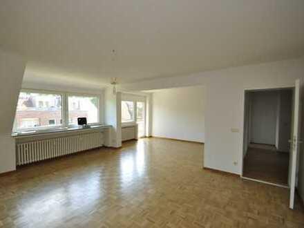 BUSCHE   Blick zum Kanal   3-Zimmer   mit Balkon  frei ab 01.12
