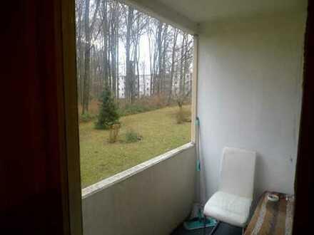 Ruhig gelegene 1 Zimmerwohnung mit Balkon in Ka-Bergwald