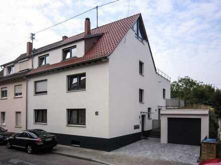 Dachwohnung mit lichtem Dachspitz in ruhiger, zentraler Lage von Heidelberg/Rohrbachs