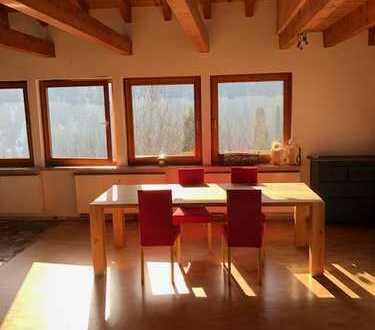 Schönes, geräumiges Haus mit vier Zimmern in Hammereisenbach