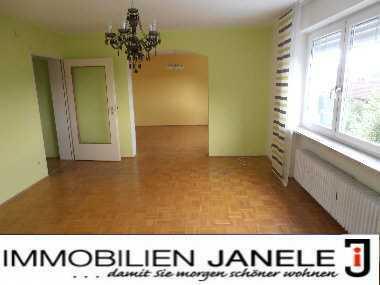 Perfekt für Paare! Große 3½ Zi.-Wohnung mit Balkon, Ankleidezimmer und Arbeitszimmer in Regensburg