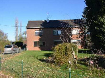 Großes Bauernhaus mit Garten, Garage, Büro und Lagerhalle - Wohnen und Arbeiten unter einem Dach!