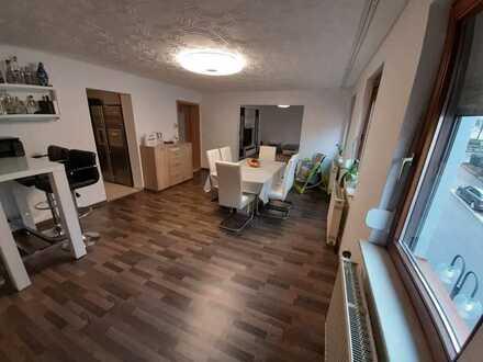 4 Zi-Wohnung mit Balkon und Sauna Provisionsfrei!