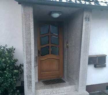 900 €, 135 m², 4 Zimmer
