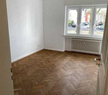 helle 3 Zimmer Whg, Köln-Marienburg