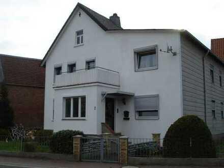 Schönes 1 bis 2 Familienhaus zu vermieten