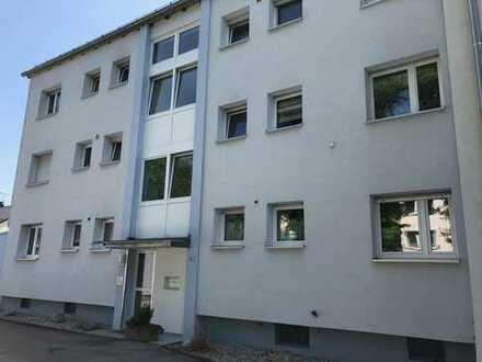 Schöne gepflegte 3 ZKB Wohnung in Königsbrunn