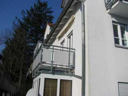 Extravagante Maisonette-Wohnung mit tollem Balkon in ruhiger Innenhoflage!