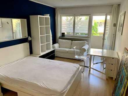 Schöne 1-Zimmer Wohnung mit Balkon mitten im Glockenbach